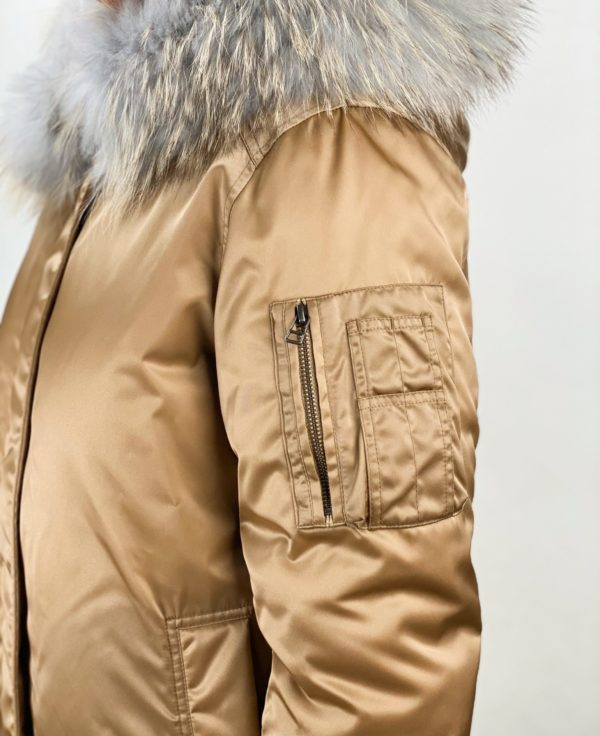 женская золотая куртка Alessandra Chamonix