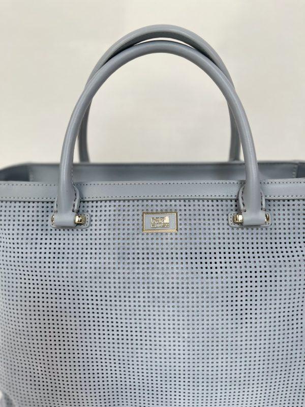 Cavalli Class сумка с перфорацией женская светло-голубого цвета - логотип