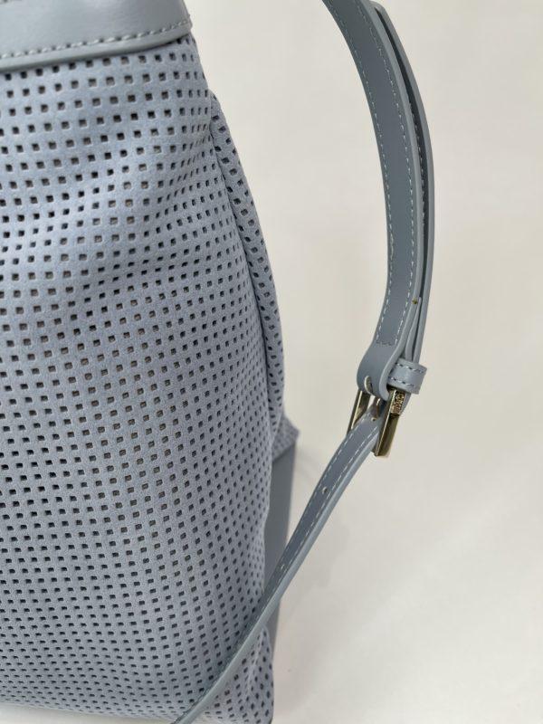 Cavalli Class сумка с перфорацией женская светло-голубого цвета деталь